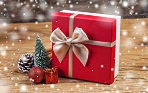 Картинки Рождество Подарки Бантик Коробка