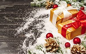 Картинка Рождество Подарок Бантики Шишка