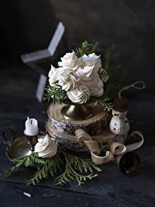 Фотография Новый год Пирожное Свечи Доски Снеговик Ветки Еда