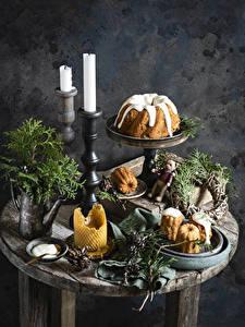 Фото Новый год Кекс Свечи Ветки Еда