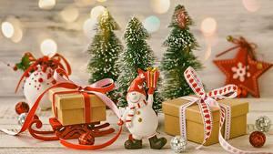 Фото Рождество Санях Подарки Звездочки Снеговика Коробки