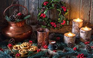 Картинки Рождество Натюрморт Свечи Напитки Стакан Шишки Ветвь Дизайн Пища