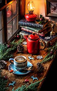 Обои Рождество Натюрморт Чайник Керосиновая лампа Кофе Ветвь Книга Чашка Шишки Шар