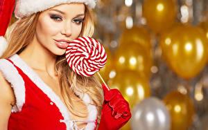 Фото Новый год Сладости Леденцы Блондинка Улыбка Девушки