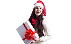 Картинка Новый год Белый фон Шатенка Подарки Шапки Радость