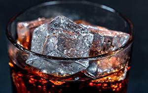 Фотография Вблизи Кока-кола Льда Капля Стакане Пища