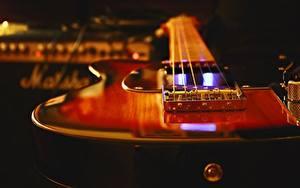 Обои Крупным планом Гитары
