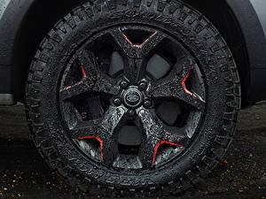 Фото Крупным планом Land Rover Колесо Грязь Discovery 4x4 2017 V8 SVX 525 автомобиль