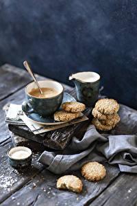 Обои для рабочего стола Кофе Капучино Печенье Молоко Доски Чашка Пища