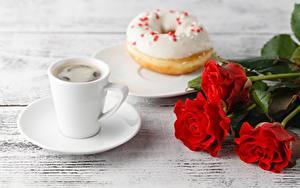 Картинка Кофе Пирожное Роза Чашка Блюдце Еда Цветы