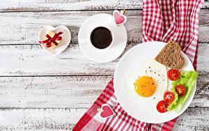 Картинки Кофе День всех влюблённых Яичница Тарелка Сердечко Завтрак Доски