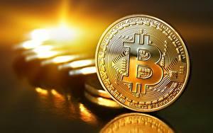 Обои Монеты Биткоин Золотые