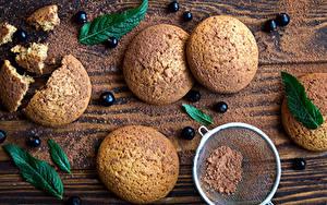 Картинка Печенье Смородина Доски Какао порошок Лист