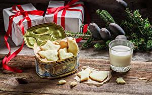 Картинка Печенье Молоко Подарков Стакана Продукты питания