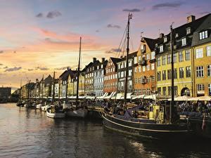 Фотографии Копенгаген Дания Причалы Здания Вечер город