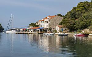 Фото Хорватия Берег Дома Пристань Лодки Катера Pomena Mljet