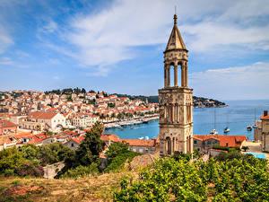 Фотографии Хорватия Дома Причалы Залив Башни Hvar город