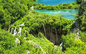 Картинки Хорватия Парки Озеро Водопады Кусты Сверху Plitvice Lakes National Park