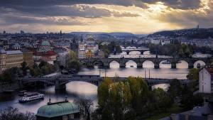Фотографии Чехия Прага Речка Мост Здания