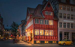 Фото Дания Копенгаген Дома В ночи Улица Уличные фонари город
