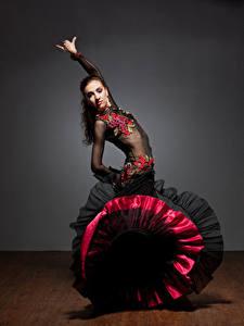 Обои Платье Танцы