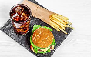 Фотографии Напиток Гамбургер Картофель фри Coca-Cola Быстрое питание Стакане Лед Пища