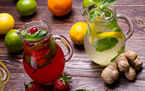 Фотографии Напитки Лайм Лимоны Клубника Лимонад Имбирь Доски Кувшин Продукты питания