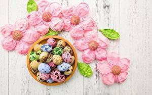 Картинка Пасха Яйца Разноцветные