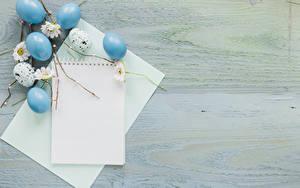 Картинка Пасха Шаблон поздравительной открытки Доски Яйца Лист бумаги Блокнот Пища
