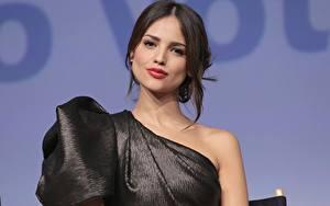 Обои Мейкап Брюнетки Смотрит Eiza Gonzalez Знаменитости Девушки