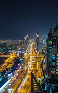 Обои Объединённые Арабские Эмираты Дубай Здания Дороги Мегаполис Ночные
