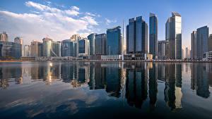 Фотографии ОАЭ Дубай Здания Небоскребы Business Bay Skyline