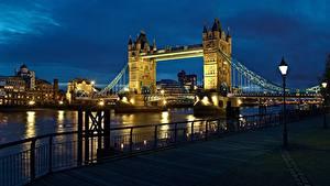 Фотографии Англия Мост Река Ночь Лондон Набережная Уличные фонари Thames, Tower Bridge город