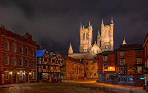 Фото Англия Собор Дома Башня Уличные фонари Lincoln Cathedral Города