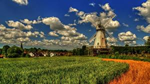 Картинка Англия Поля Ветряная мельница Деревня Облачно Lower Mill Woodchurch Kent Природа