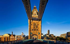 Картинки Англия Дома Мосты Лондоне Забором Tower Bridge