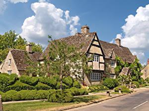 Фото Англия Дома Улице Кустов Деревья Minster Lovell, Oxfordshire