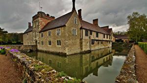 Фото Англия Здания Пруд Из камня Ightham Mote Города
