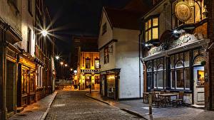 Фото Англия Дома Дороги Улице Ночные Уличные фонари Kingston upon Hull City Города