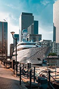 Картинка Англия Пристань Яхта Лондон Уличные фонари Города