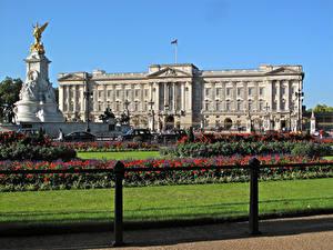 Обои для рабочего стола Англия Памятники Дворец Дизайн Газон Buckingham Palace Города