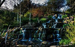 Картинки Англия Парки Водопады Камни Лондон Деревья Кусты Ручей Природа