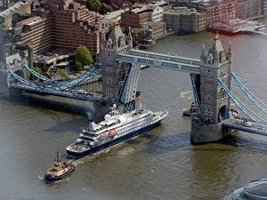 Обои Англия Речка Мосты Корабли Лондон Сверху Thames, Tower bridge Города