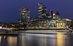Картинки Англия Реки Дома Причалы Вечер Лондоне Города