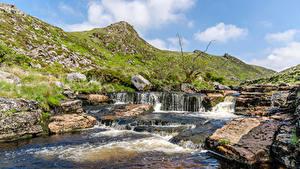 Картинка Англия Реки Камни Холмы Dartmoor Природа