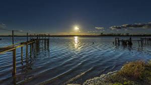 Фотографии Англия Речка Рассветы и закаты Пирсы Mudeford Природа