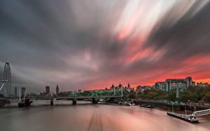Картинки Англия Рассветы и закаты Речка Мосты Причалы Здания Лондон город