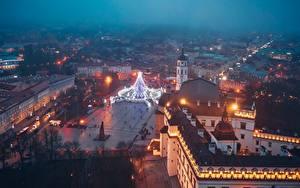 Картинки Вечер Здания Литва Вильнюс Сверху Городской площади город