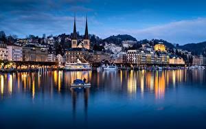 Фотографии Вечер Озеро Лодки Дома Церковь Швейцария Отражается Lucerne, Lake Lucerne