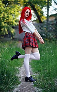 Фотографии Evgeniy Bulatov Позирует Ноги Юбки Блузка Школьницы Взгляд Гольфах Vika девушка